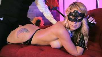 Rachael Cavalli: Masquerade Ball-Sucking