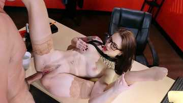 Whore in glasses and stockings Anna De Ville gives anal introduction