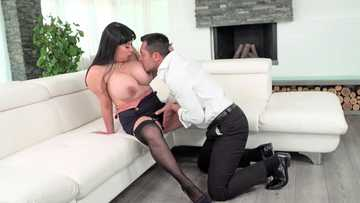BBW Tigerr Benson plays with cock and gets her big tits worship right away