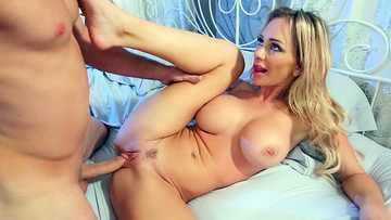 Blonde with huge knockers Destiny Dixon gets her trimmed cooze busted by long dipstick