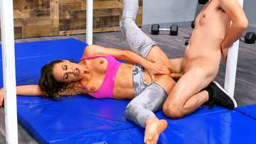 Mesmerizing sports lady Cherie Deville proves that hard sex is the best training
