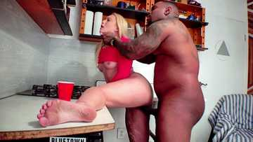 Interracial squirt scene by hardcore blonde AJ Applegate and big black cock